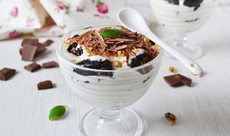 Чернослив с орехами и шоколадом