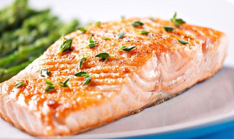 лосось в яблочно-медовом соусе